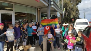 Aireys Inlet residents encouraged passersby to vote yes.