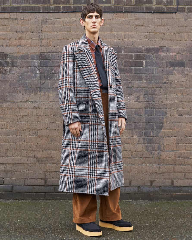 Check overcoat at E Tautz.