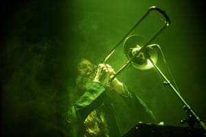 Steve Moore playing trombone with Sunn O))).