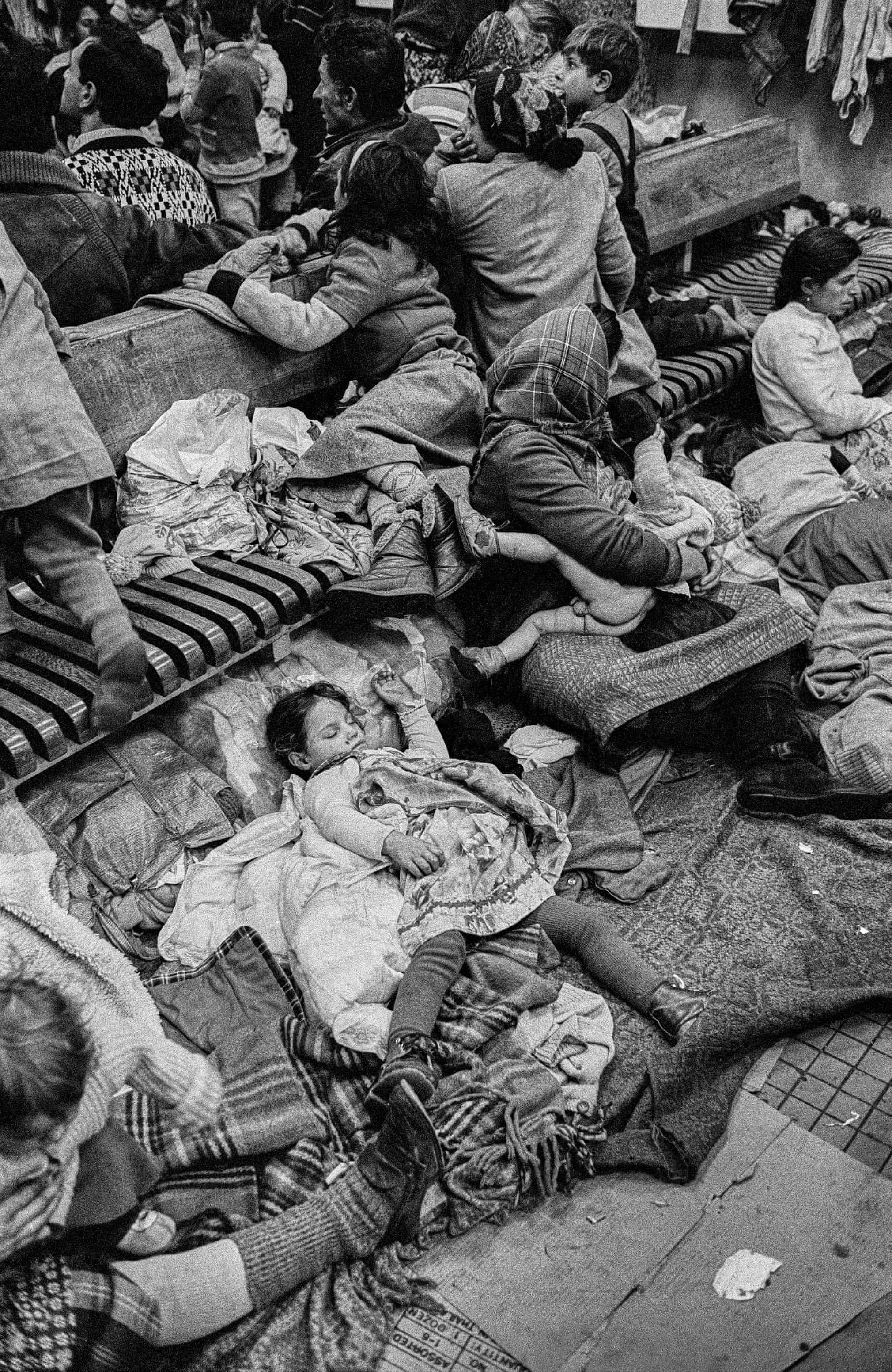 Romanian Gypsies set up home in the Warsaw East railway station, on their way to the West, Warsaw, Poland, 1990