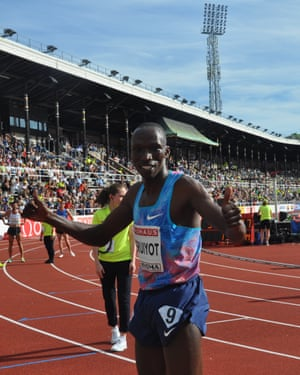 Tim Cheruiyot after winning the Stockholm Diamond League in a then-world-leading time.