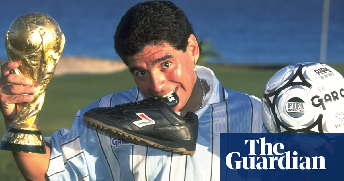 Classic YouTube | Diego Armando Maradona, nerveless kicking and Football Manager kids