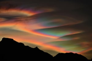 SKYSCAPES: Nacreous Clouds © Bartlomiej Jurecki (Poland) – HIGHLY COMMENDED