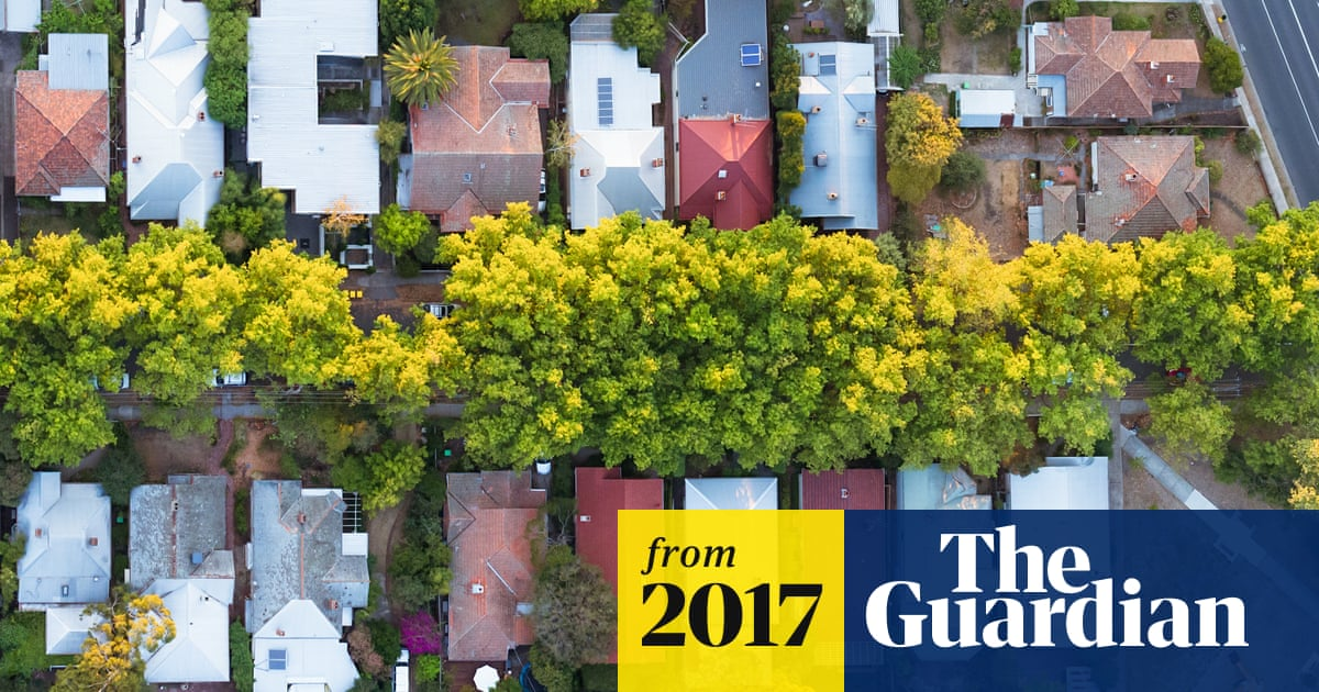 Australian housing market crash could lead to broader downturn, OECD