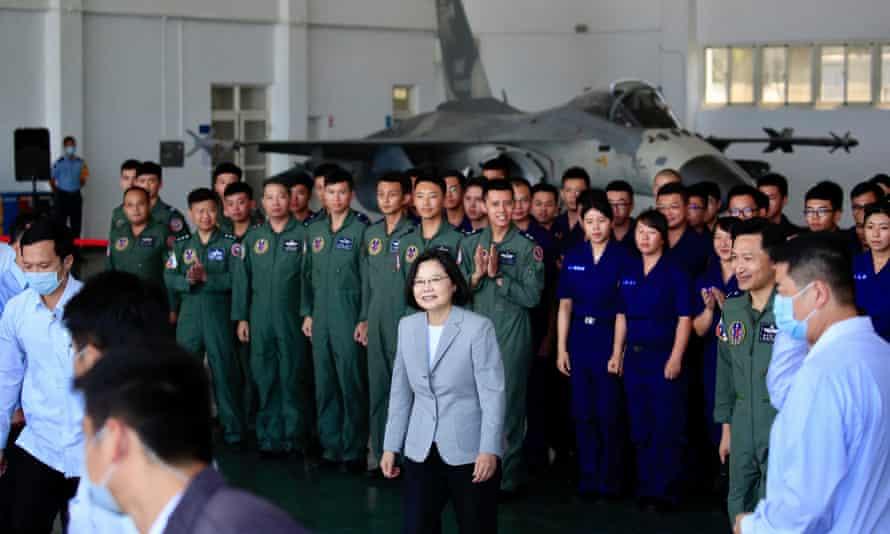 Taiwan president, Tsai Ing-wen, centre visits a military base in Penghu island.