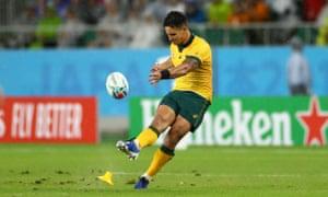 Matt To'omua of Australia kicks a penalty.