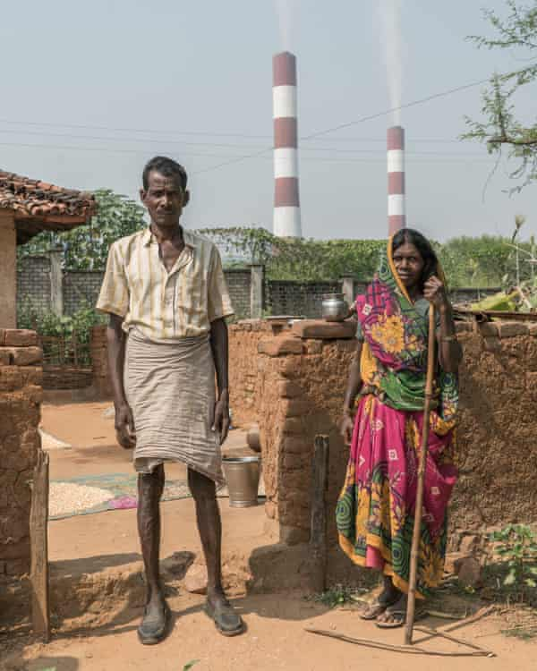 Impoverished villagers of Harrahawa and Siddhikhurd living in close proximity in to the Sasan power plant complain of polluted air and toxic well water.