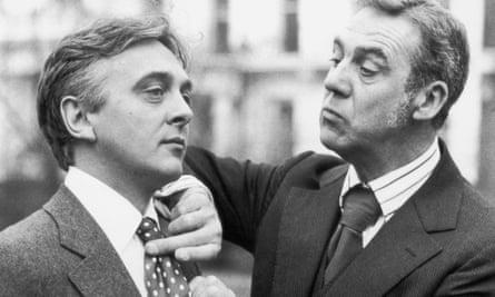 David Hemmings as Bertie Wooster and Michael Aldridge as Jeeves in 1975.