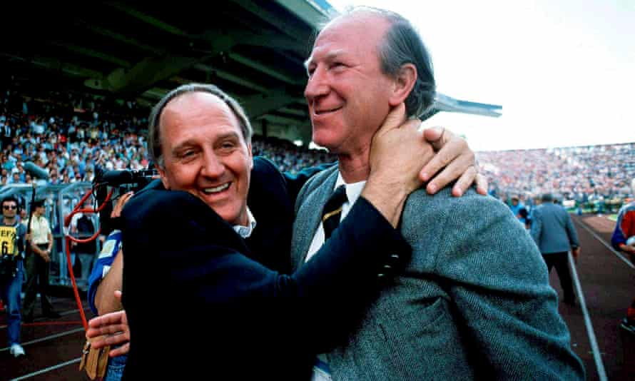 Jack Charlton and his assistant Maurice Setters at Euro 1988.