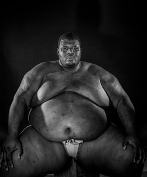 Another American who rose to prominence in sumo in the 1990s was Emmanuel Yarborough (pictured in 2001) who became the 1995 World Amateur Sumo Champion