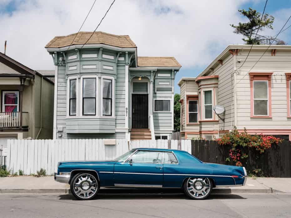 Historic Victorian houses in the West Oakland neighborhood, once affordable, now go on the market for more than $1m.