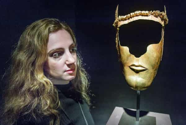 Gold cermonial Thracian mask, from the fourth century BC, on sale for £1.4m.