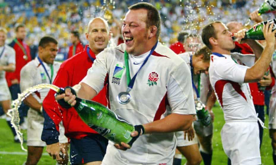 Steve Thompson celebrates winning the 2003 World Cup final