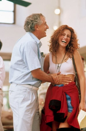 Garry Marshall and Julia Roberts on the set of Pretty Woman in 1990.