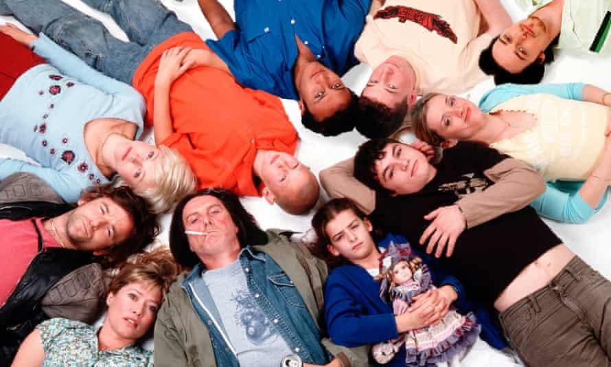 Shameless Clockwise from top, Kash (Chris Bisson), Ian (Gerard Kearns), Steve (James McAvoy), Fiona (Anne-Marie Duff), Lip (Jody Latham), Debbie (Rebecca Ryan), Frank (David Threlfall), Sheila (Maggie O'Neill), Kev (Dean Lennox Kelly), Veronica (Maxine Peake) and Carl (Luke Tittensor).
