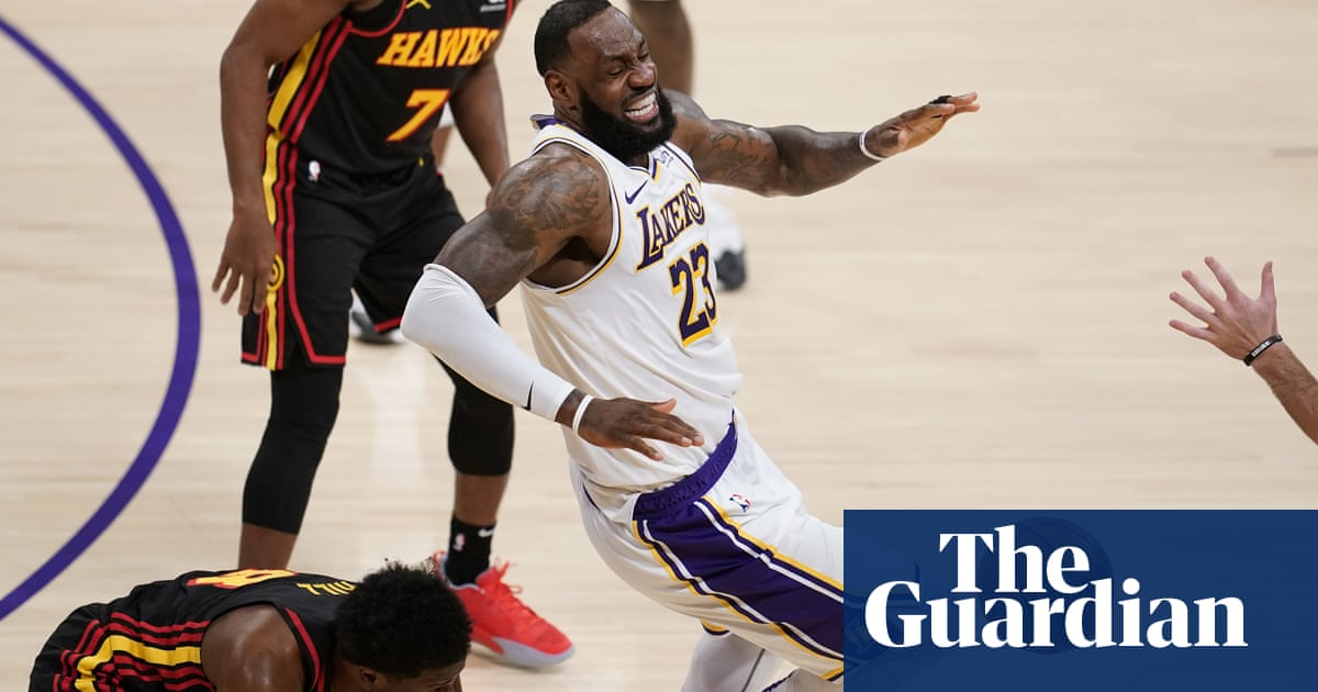 A doctor's view: Does LeBron James's ankle injury put his season in jeopardy?