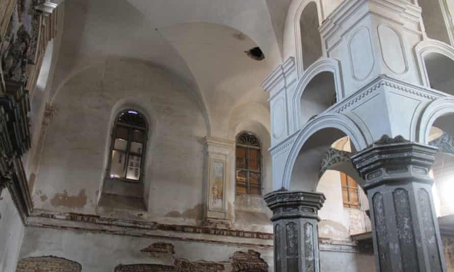 Slonim synagogue in Belarus