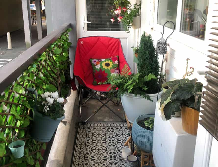 Maria's balcony, with long hanging basket of ivy