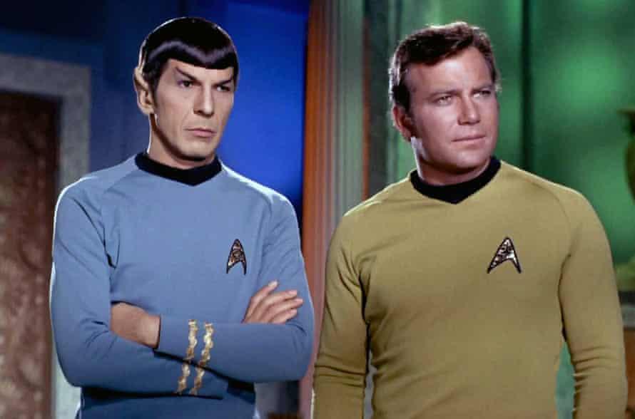 Leonard Nimoy as Spock and William Shatner as Cpt Kirk in Star Trek.