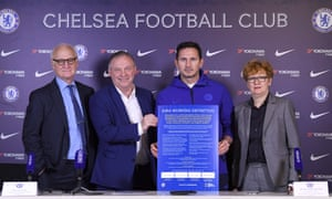 Chelsea chairman Bruce Buck, the UK government's independent adviser on antisemitism Lord John Mann, Frank Lampard and the IHRA's executive secretary Dr Kathrin Meyer at the signing of the declaration, formally adopting the working definition of antisemitism.