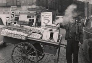 The Battery, New York (peanut peddler), 1945
