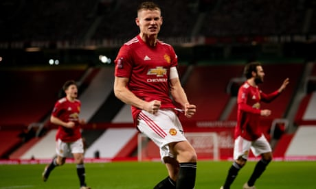 Scott McTominay keeps his head to guide Manchester United past Watford