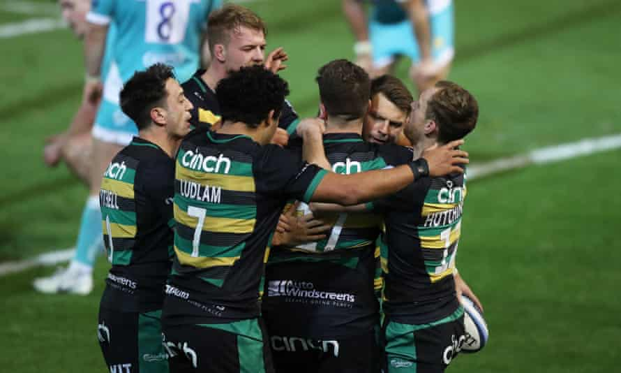 Player huddles after a try has been scored are being banned under stricter Covid protocols. Saints' next match, against Leicester, has been scrapped by rising Covid positives.