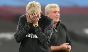 West Ham manager David Moyes reacts after being spoken to by referee Stuart Attwell after he appeals for a handball.