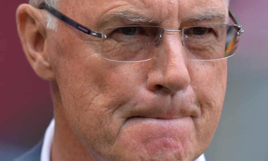 Franz Beckenbauer, head of the German bid comittee for the 2006 World Cup said, he carried 'the responsibility for this mistake', referring to the payment to Fifa.