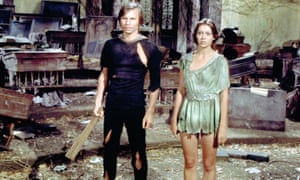 Michael York and Jenny Agutter in Logan's Run, 1976.