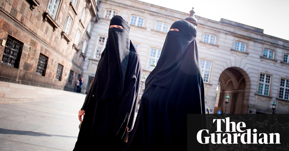 Denmark passes law banning burqa and niqab – Trending Stuff
