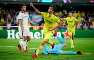 Manuel Trigueros of Villarreal celebrates after scoring his team's equaliser.