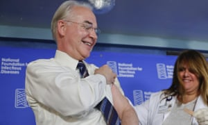 Tom Price gets a flu shot, while in office as secretary of state.