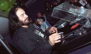 Mancuso DJing in London in 2001.