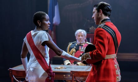 Tamara-Lawrance as Cordelia, McKellen as Lear and Jake Mann as Burgundy.