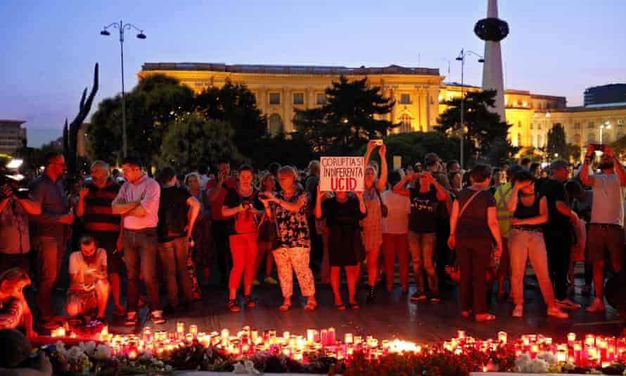 Protest in Bucharest after police failed to save a kidnapped 15 years old girl.