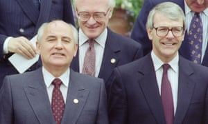 Mikhail Gorbachev and John Major at a G7 Summit in London in July 1991.