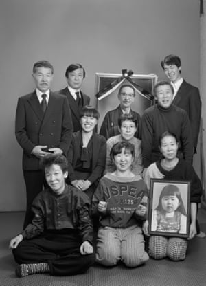 Fukase re-created the family portrait in 1987, a year after his father died