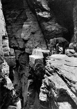 Cherry Kearton photographing a shag, Shetland