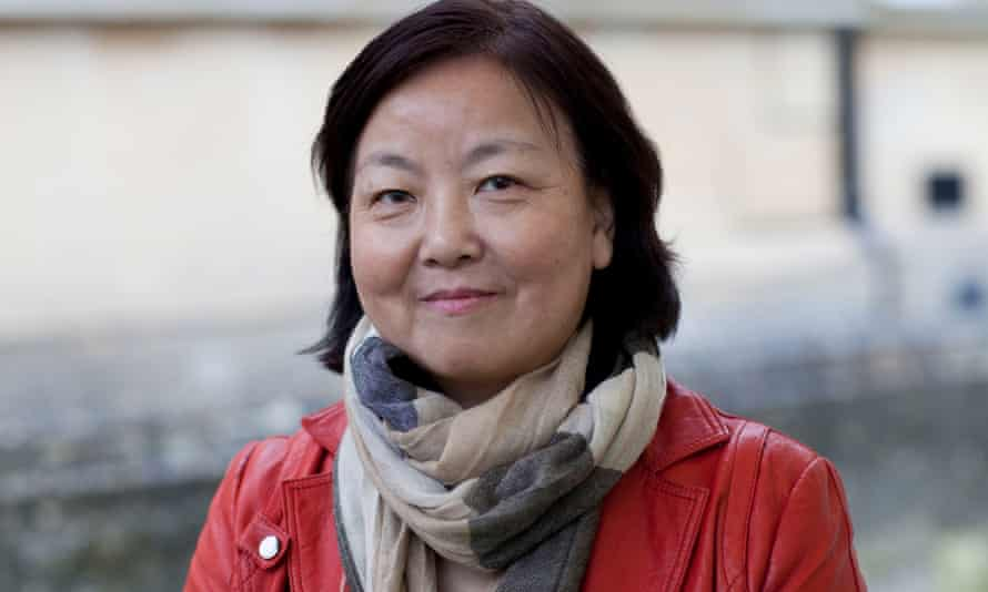 Chinese novelist Fang Fang has been criticised for calling for free speech.