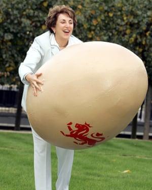 Edwina Currie launching British Egg Week in 2004