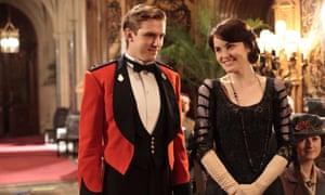 Actors Dan Stevens and Michelle Dockery in Downton Abbey