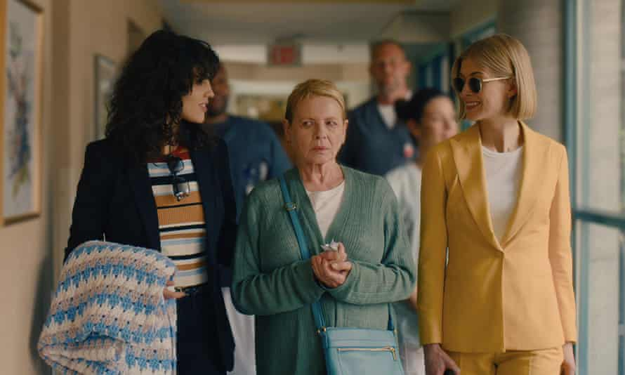 Eiza Gonzalez, Dianne Wiest and Rosamund Pike in I Care A Lot, a bracingly heartless movie.