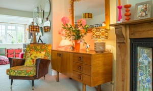 Midcentury furniture and 60s fabrics in the lounge.