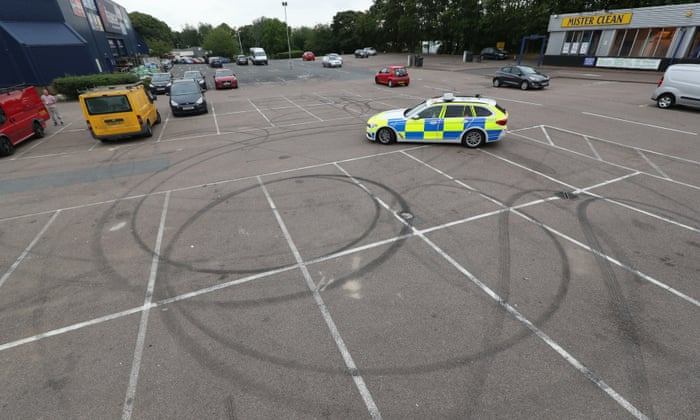 Residents attack lack of organisation after crash at
