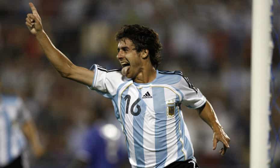 Pablo Aimar celebra tras inscribirse con Argentina en la Copa América 2007.