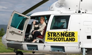 Sturgeon boards the 'Nicolopter' in Cumbernauld.