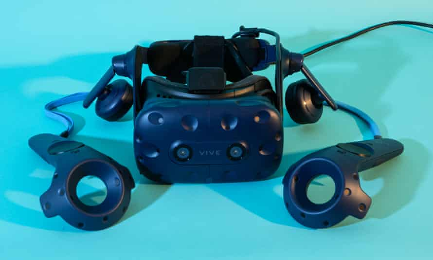 the htc vive pro headset