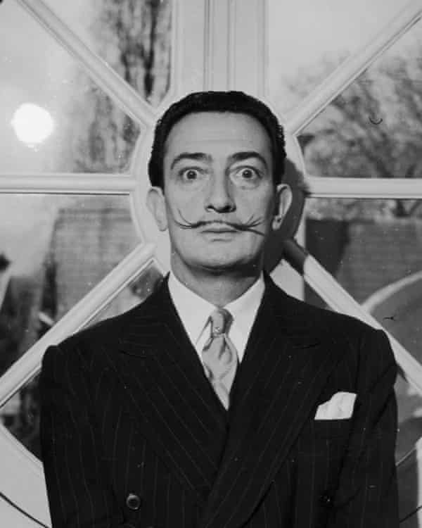 Dalí's notes for the film included a string of bizarre ideas such as 'flaming gas masks for giraffes'.