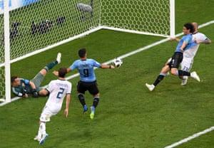 Uruguay's third goal.